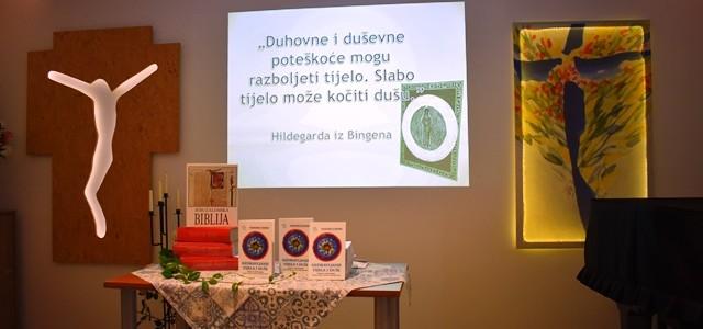 U srijedu 21.08.2019. u Kući Betanija duhovnom centru za turiste predstavljena je knjiga Hildegarde iz Bingena OZDRAVLJANJE TIJELA I DUHA, praktični savjeti za pozitivno oblikovanje života. Iako je knjiga već […]