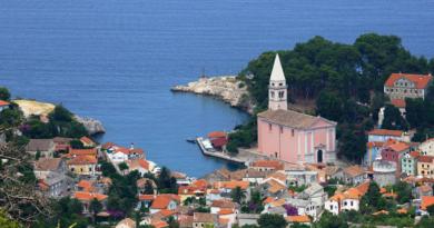 Župna crkva sv. Antuna Opata – Veli Lošinj
